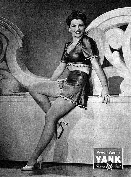 Vivian Austin WWII Yank Pin Up - November 9, 1945